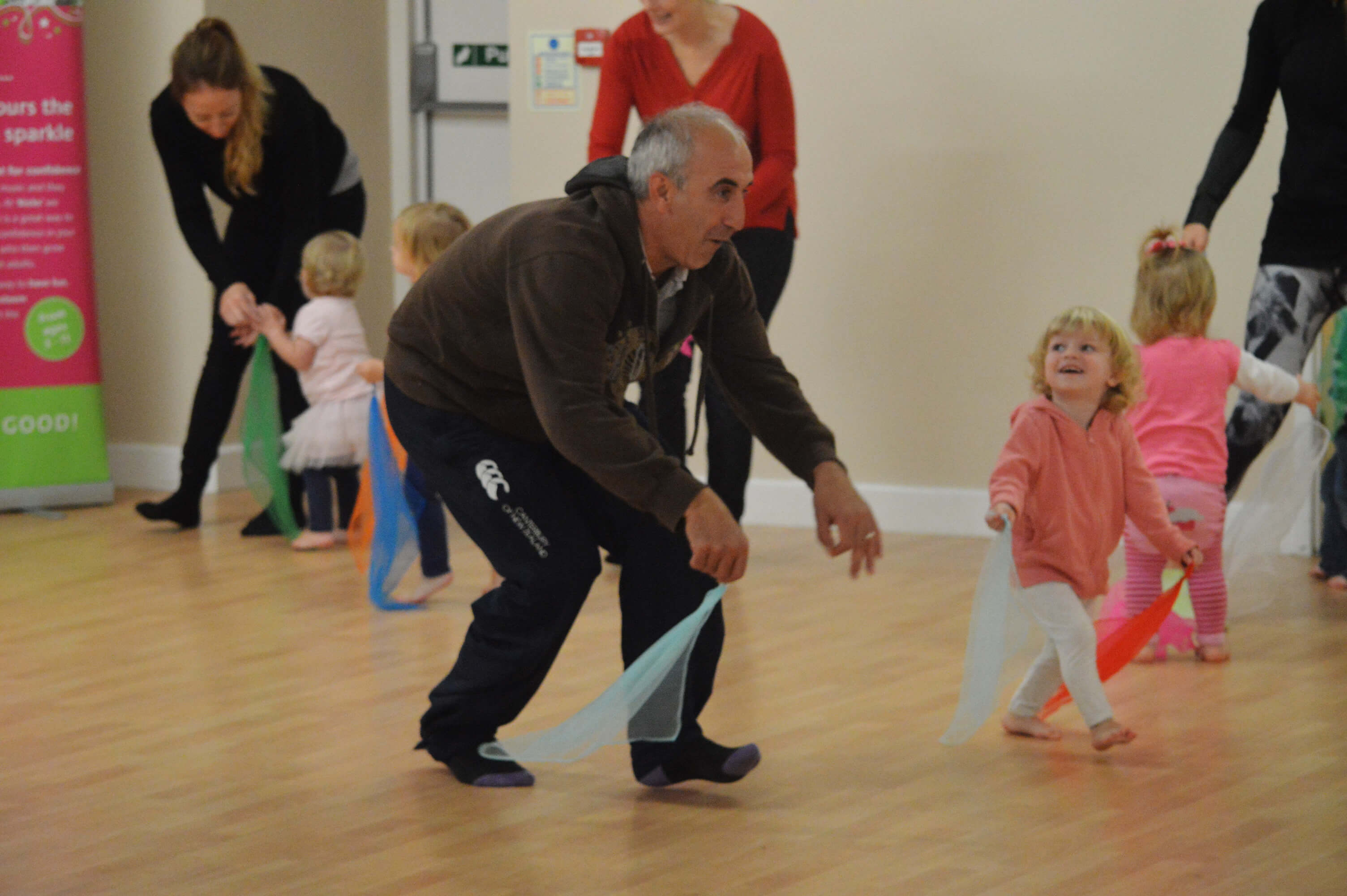 Toddler dance classes - dad with child